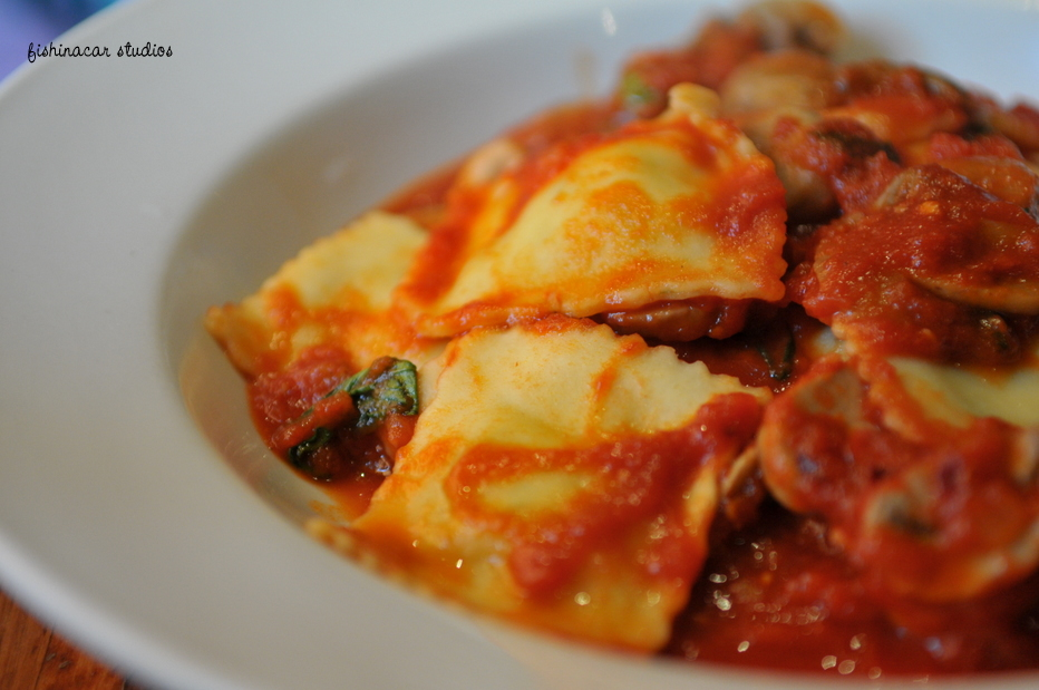 Reggio with ricotta and spinach ravioli